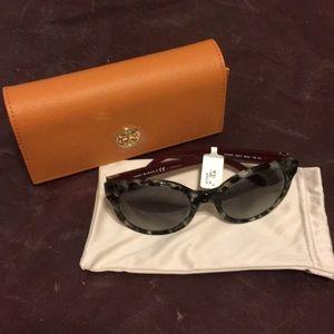 ❤️NWT❤️  Tory Burch Vintage Round Sunglasses